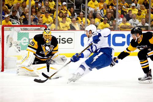 НХЛ: «Тампа-Бэй» добыла волевую победу над «Питтсбургом»