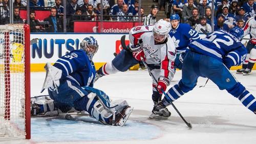 «Оттава» одолела «Бостон» ивышла во 2-ой раунд плей-офф НХЛ