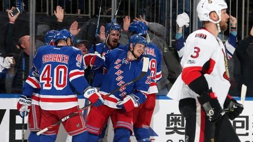«Рейнджерс» одержали первую победу всерии плей-офф НХЛ с«Оттавой»