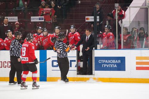 Новокузнецкий «Металлург», исключенный из КХЛ, сыграет в ВХЛ