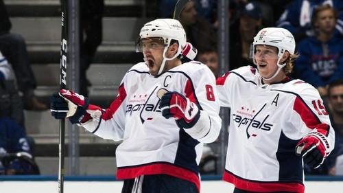 Форвард «Вашингтона» Овечкин оформил хет-трик впобедном матче НХЛ с«Торонто»